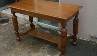 Solid oak hall table 1