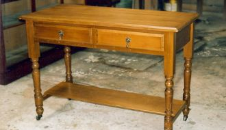 Washstand/halltable 13
