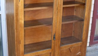 Oak 2 door bookcase 3