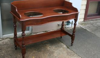 Cedar double Basin washstand