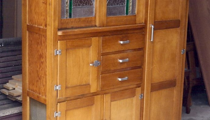 Art Deco Kitchen Hutch 27